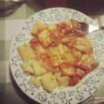 """""""Autoritratto sul piatto con Mamma che vizia"""" foto di Gianluca, per gentile concessione."""