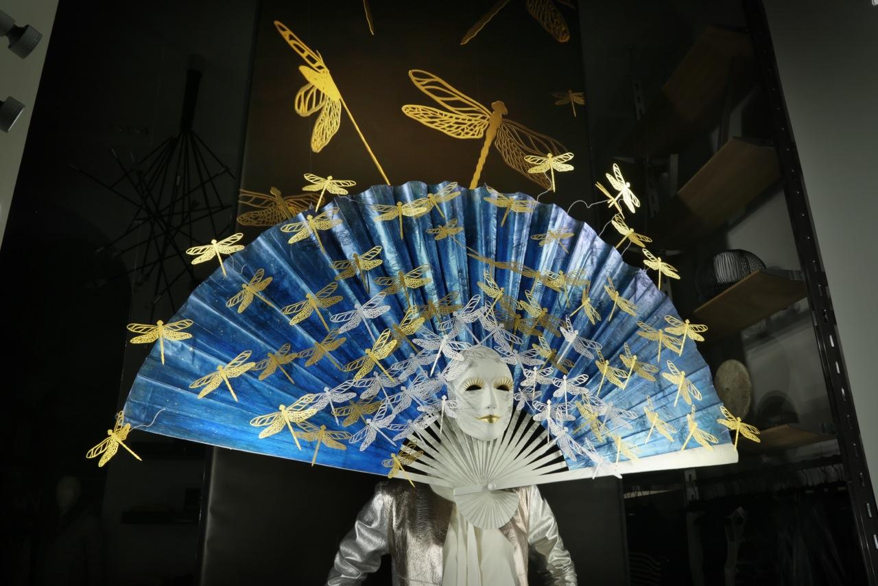 drop-the-mask-elena-borghi-papercraft-detail